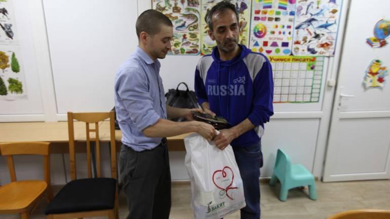 Сотрудники фонда «Закят» посетили сирийских беженцев, временно проживающих в подмосковном Ногинске
