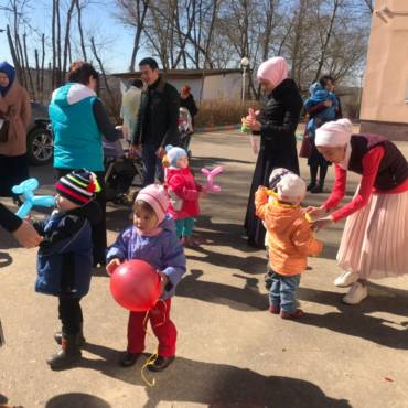 14 апреля волонтеры фонда «Закят» посетили ГКУЗ КО «Дом ребенка специализированный» в городе Калуга