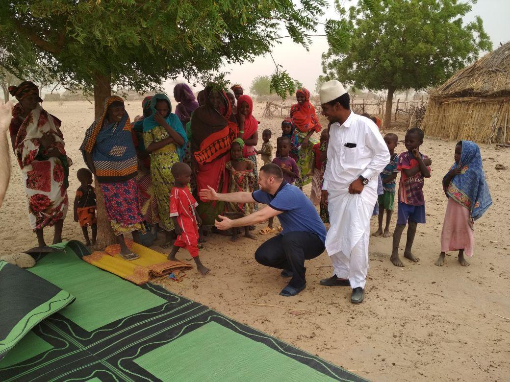 Заставка для - Колодцы для 7 деревень в ЧАДе