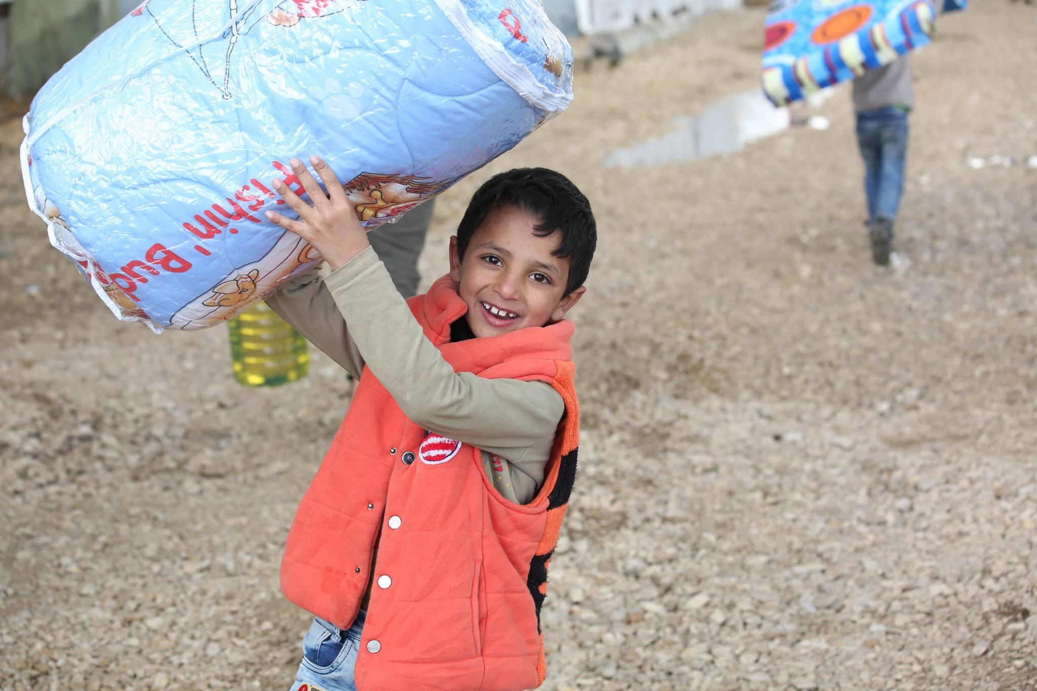 Заставка для - Продуктовая помощь беженцам