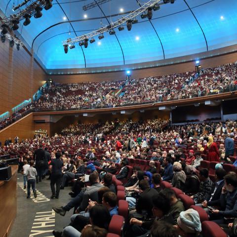 «Мавлид ан-Наби»: премьера представления «Разговор с душой» с успехом прошла в Крокус Сити Холл!