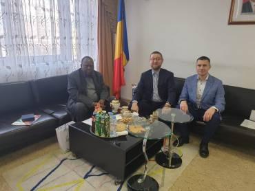 21 февраля Ильдар Аляутдинов и Рифат Измайлов провели встречу с послом республики Чад Банджанг Мбатна